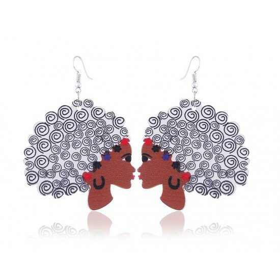Ethnic-inspired earrings: Miss Color's
